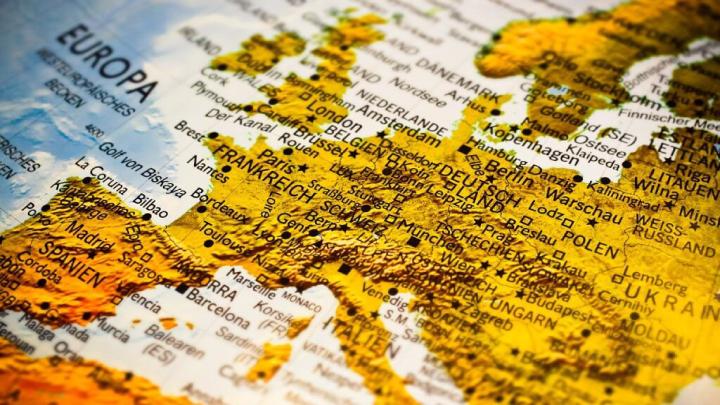Europa exigirá permissão para desembarque de brasileiros a partir de 2021