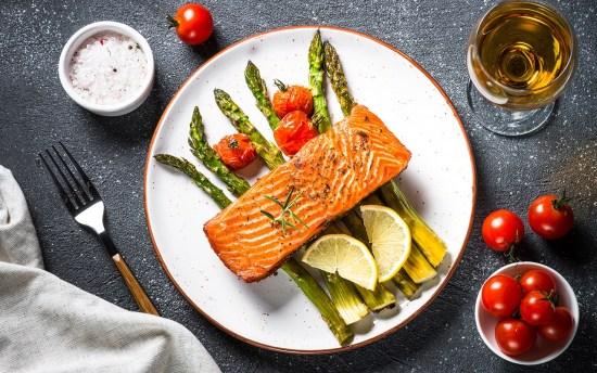 Peixes e vinhos