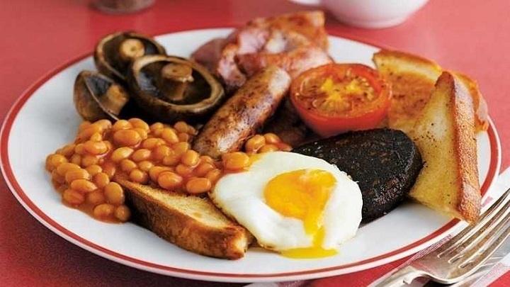 Você sabe o que esperar de um café da manhã no exterior?