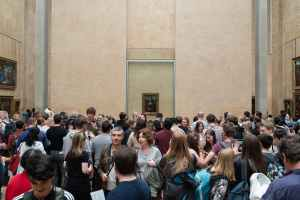 Louvre: Mona Lisa antes do distanciamento social
