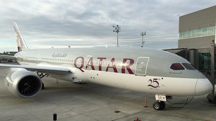 Qatar Airways já tem sua primeira piloto nigeriana e negra de 787