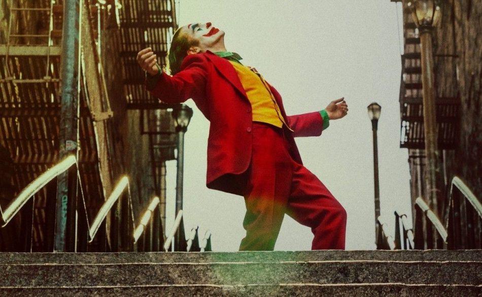 https-hypebest-com-image-2019-10-joker-stairs-attraction-bronx-new-york-meme-01-1571996358-1170x720