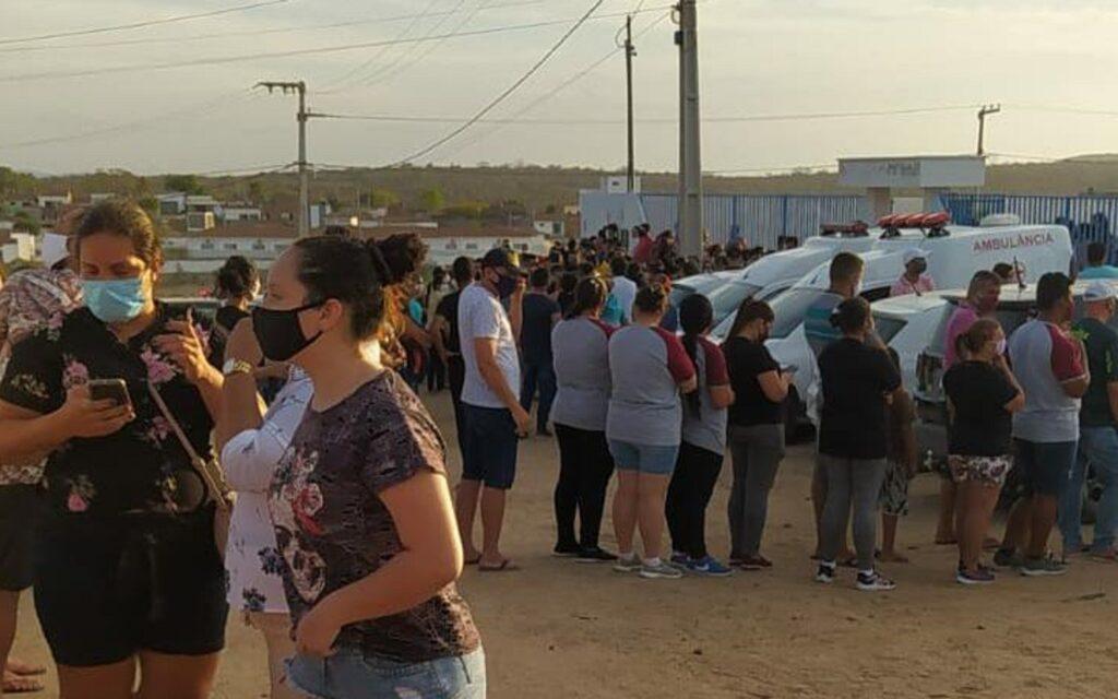 Sob forte comoção, crianças que morreram em acidente de carro são  sepultadas em Alcantil/PB - A Rota Certa da Notícia