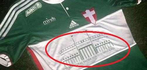 Palmeiras copia camisa do Corinthians para homenagear Pacaembu ... 389c036130e6a