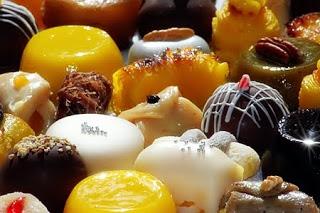 Endocrinologista pediátrico afirma que açúcar deveria ser proibido para menores de 21 anos!