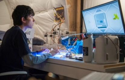 Gardner Elliot (Asa Butterfield) in his room on East Texas, Mars