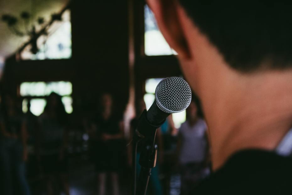 Como desenvolver a oratória
