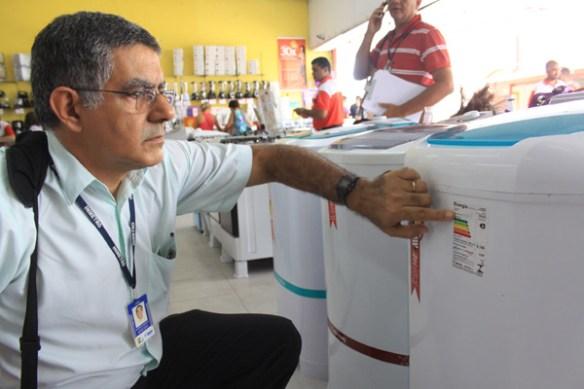 Ipem fiscaliza eletrodomésticos