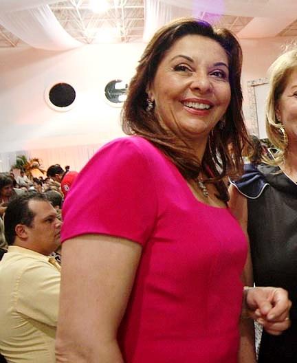 Dona Anita Maia pede votos para Rogério Marinho