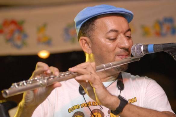 Carlinhos Zens toca na Festa de Santos Reis 2017