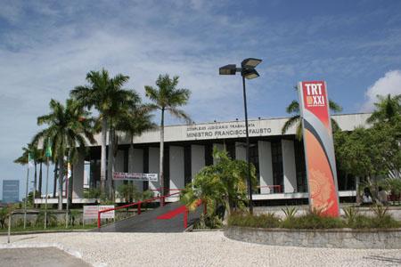 Fachada TRT5