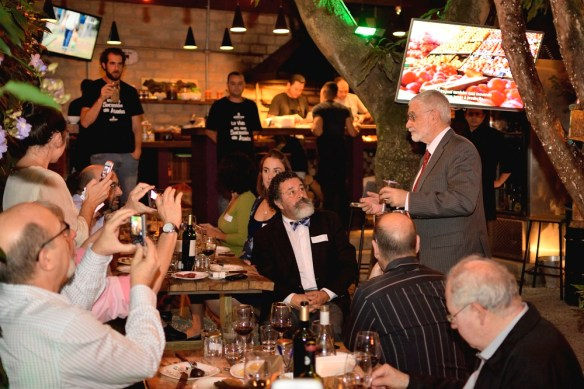Vice-Ministro, Benjamin Liberoff, recebendo convidados - Cred. Nico Dias Tillard