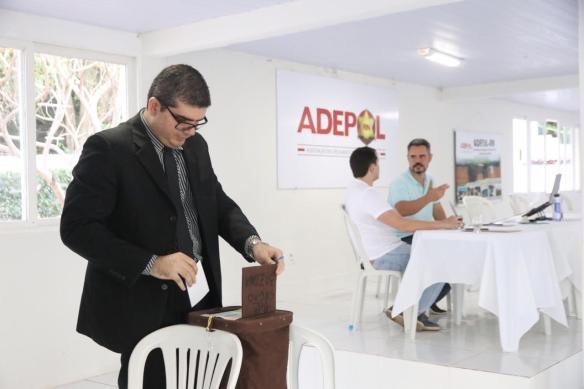 Delegados votaram na Adepol para sugerir uma lista de três nomes para dirigir a Polícia Civil