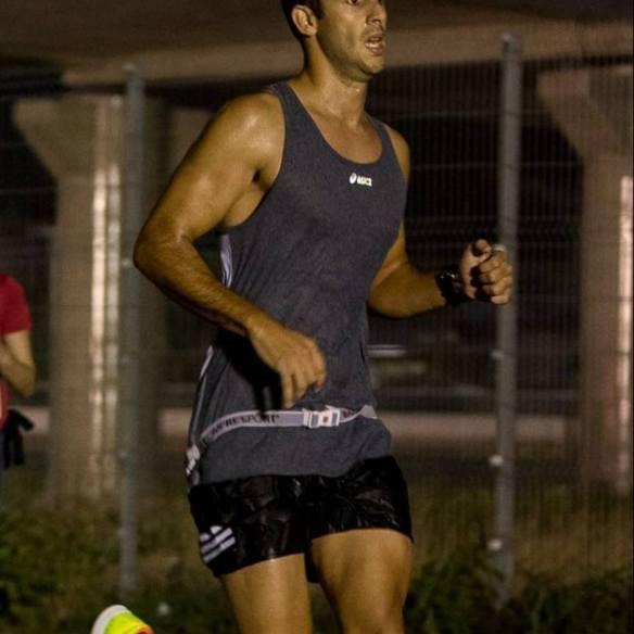 Dino Enzo Rocha está competindo na Espanha