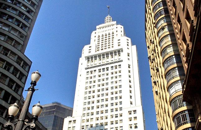 Guia de visitas ao Edifício Altino Arantes em São Paulo, o famoso Edifício Banespa