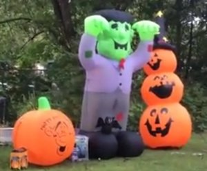 How To Throw A Great Halloween Party!