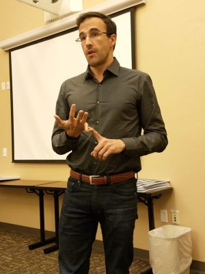 Matt Heinz addressing Democratic precinct captains in Sept. 2016