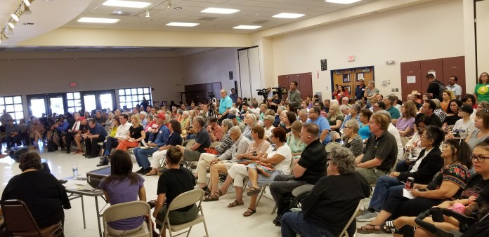 400 attend candidate forum on gentrification