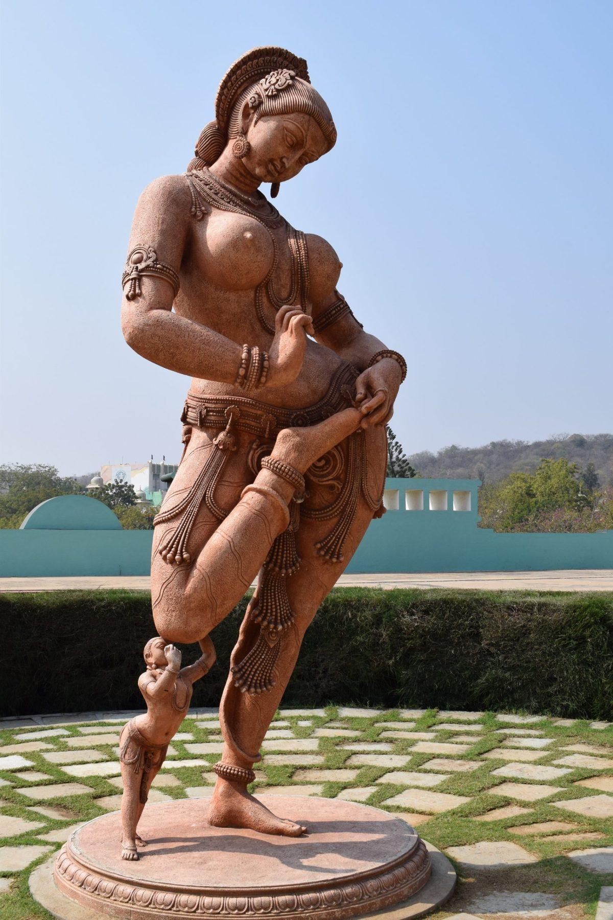 ramoji nude women statue