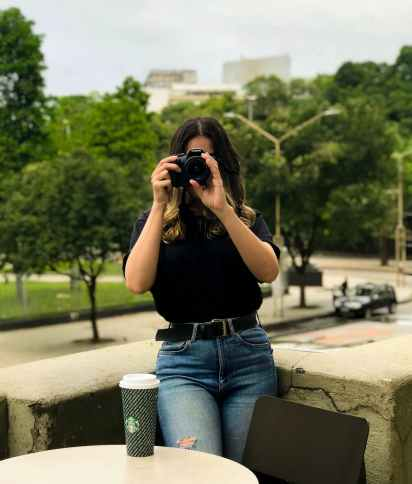 How to know shutter count of Samsung DSLR Camera?