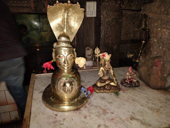 रायरेश्वर मंदिर जिथे शिवरायांनी स्वराज्याची शपथ घेतली