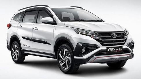 Interior Toyota Rush: Mobil SUV Andalan Keluarga