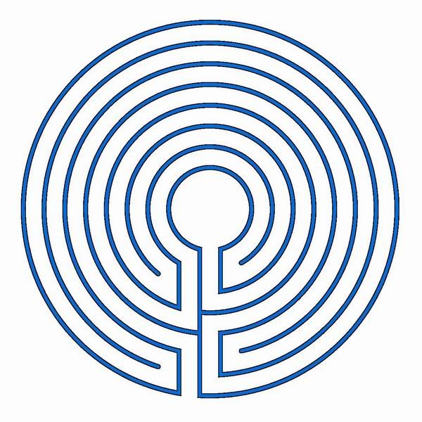 A round classical labyrinth