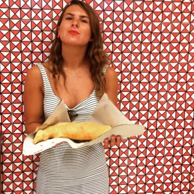 """<img src=""""pizzafritta.jpg"""" alt=""""pizza fritta napoletana""""/>"""