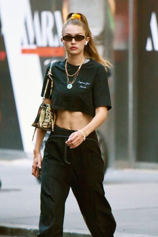 *8 Fashion Trends From The 90s You Need To Try