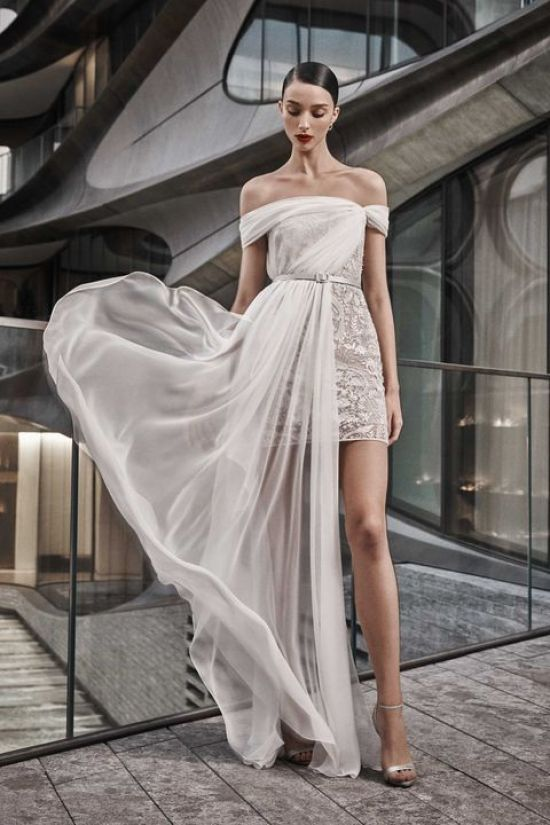 10 Wedding Dresses For Your Pinterest