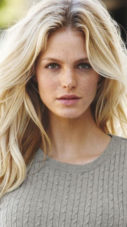Supermodel Beauty Secrets That Can Be Anyone's Staple