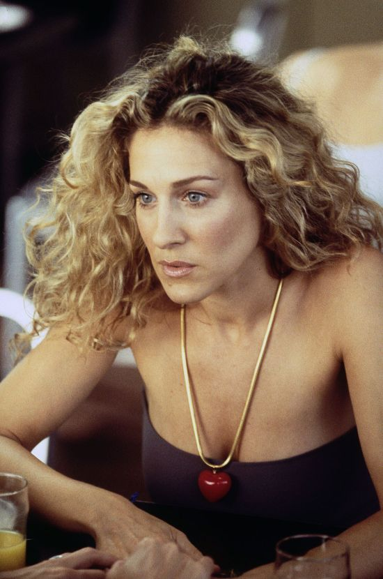 8 Things We Can All Learn From Carrie Bradshaw