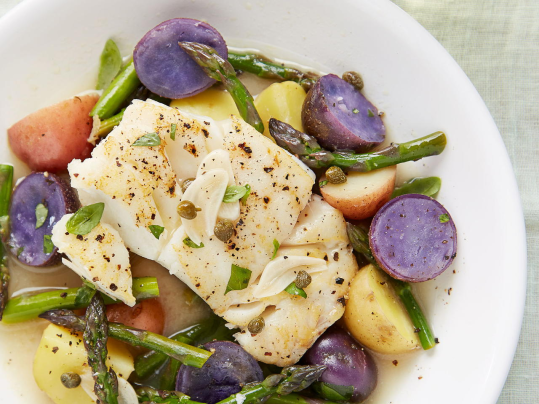 These Mediterranean recipes combine healthy ingredients with a variety of spices that satisfy the palette. You'll find one perfect for breakfast, brunch, lunch, and dinner.