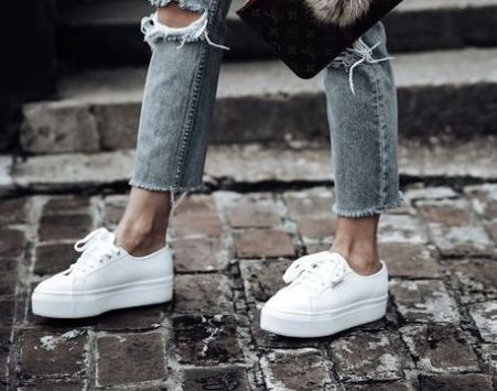 5 Cute Sneakers You Can Wear With Anything