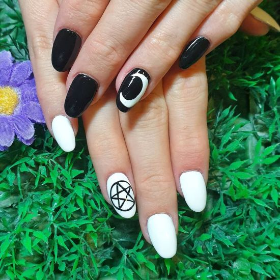 Halloween Nails To Have You Looking Totally Festive