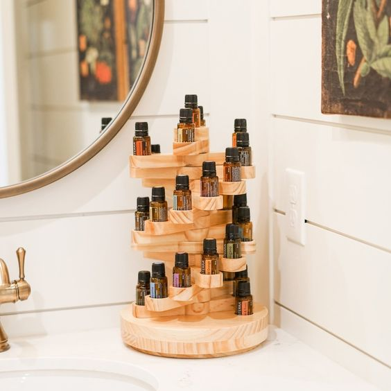 10 Essential Oil Blends To Make You Feel More Zen