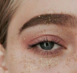 Here's What Glitter To Wear With What Outfit