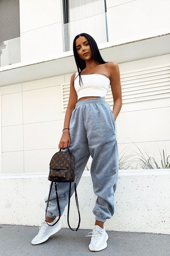 22 Lazy Yet Lavish Outfits For Your Midterm Exams