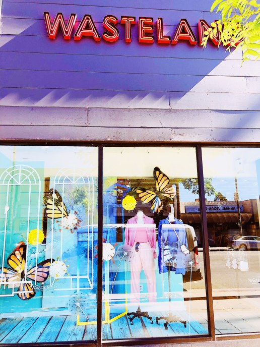 Top 5 Vintage Clothing Stores In Los Angeles