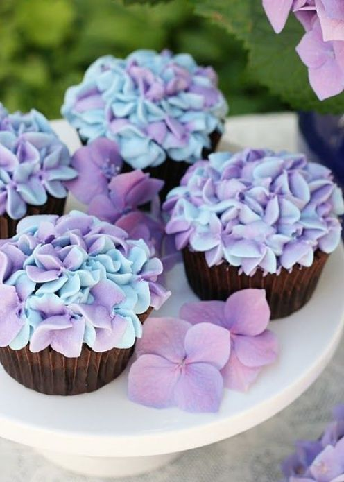 10 Easy Spring Baking Recipes To Try This Year