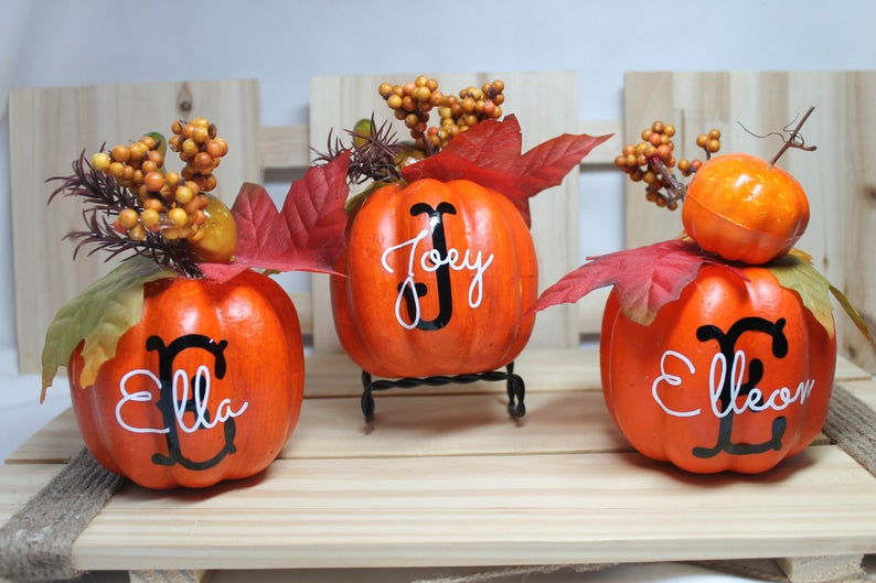 30 Thanksgiving Decorations So Cute You'll Want Them All