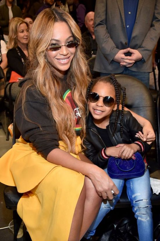 8 Killer Beyonce Outfits From Basketball Games