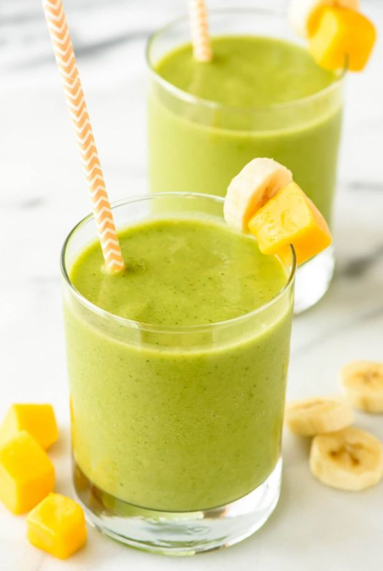 10 Breakfast Smoothies To Help You Stay Healthy During Quarantine