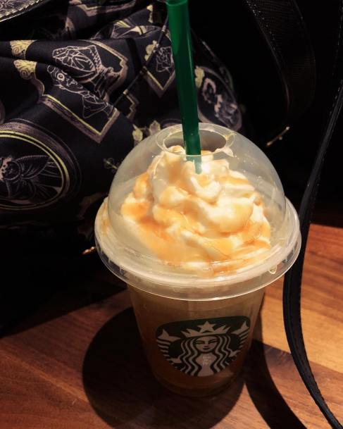 5 Starbucks drinks that need to come back this fall.