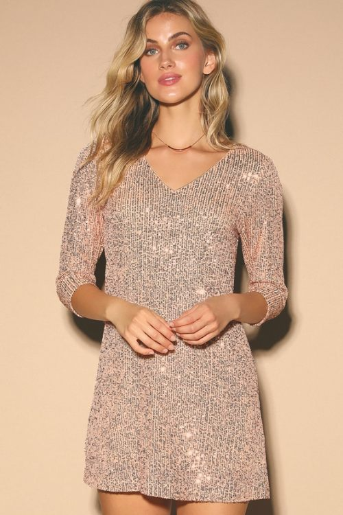 *6 Stunning and Sparkly New Years Eve Outfits