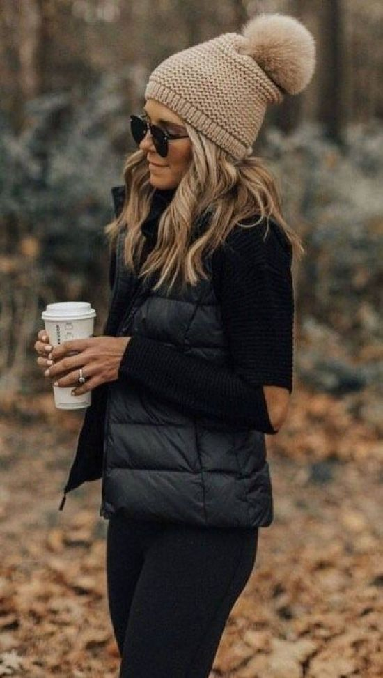 15 Comfortable And Stylish Outfits To Wear To Class This Winter