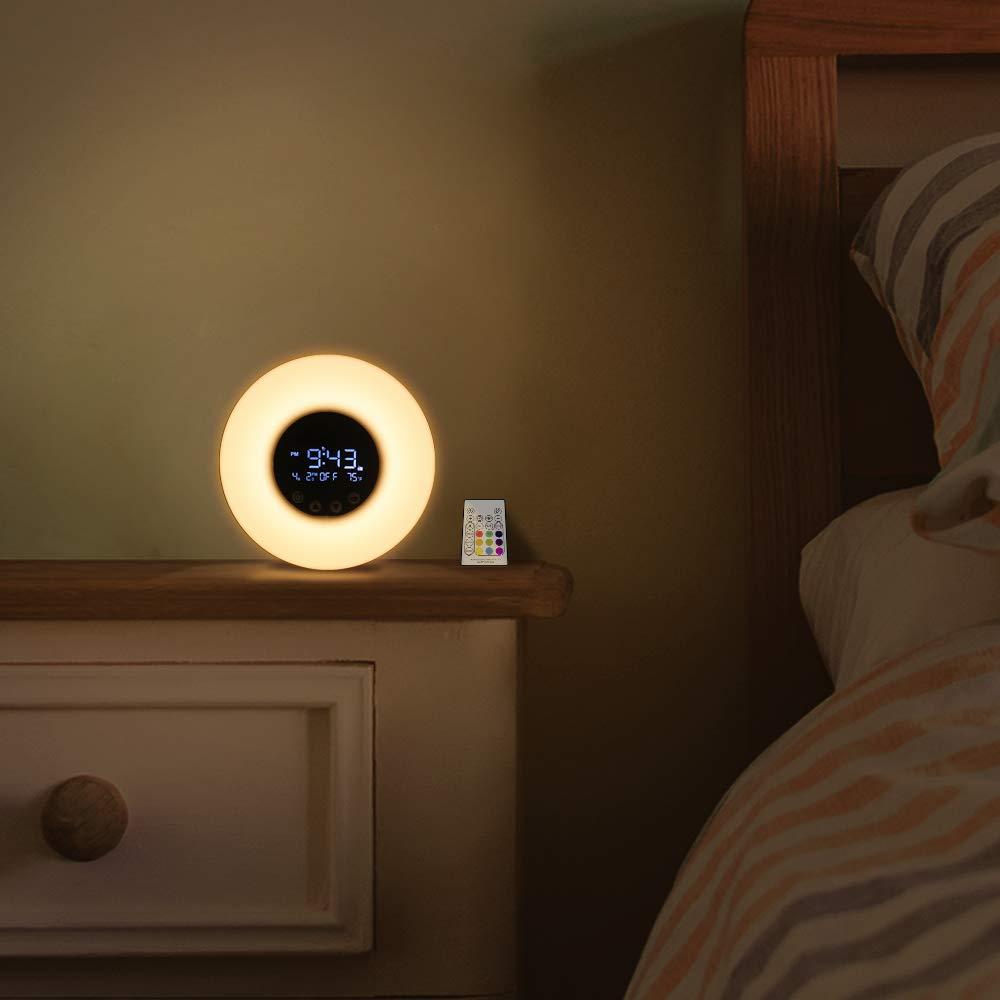 *8 Essential Alarm Clocks To Get For Your College Dorm Room