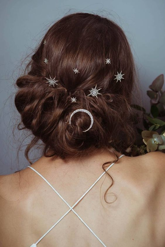 *10 Wedding Hair Accessories To Make You Swoon