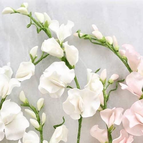 Seasonal Flowers To Gift Loved Ones