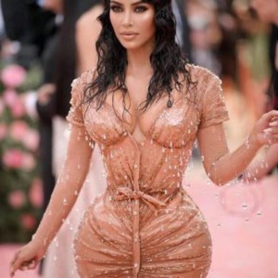 5 Times Kim Kardashian Gave Us Ultimate Hair Envy With The Wet Look